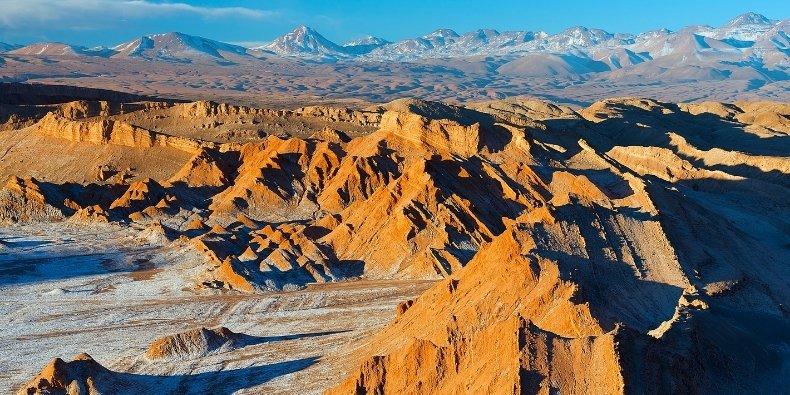 the moon valley atacama desert