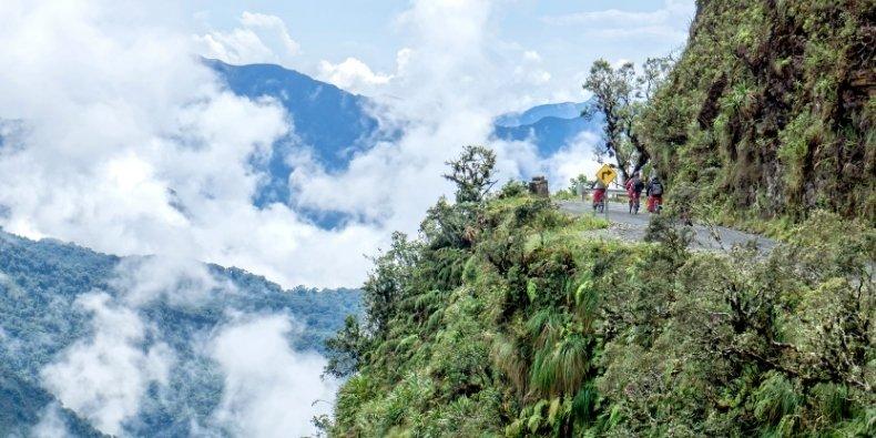 death road la paz bolivia